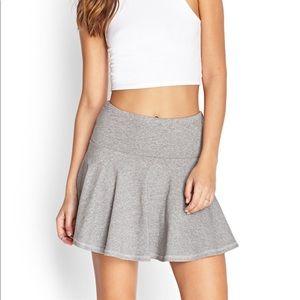 FOREVER 21 | Grey skater skirt size XS-S